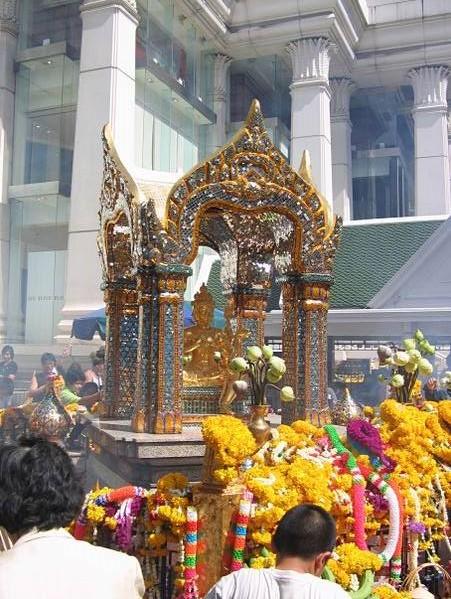 פסל בארהמה. צילום באדיבות וויקימדיה, lerdsuwa, רשיון GNU