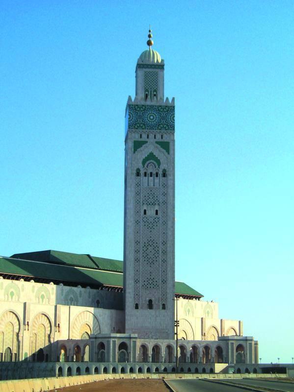 מסגד חסן ה-2 מבחוץצילום: אריה אלאלוף, יוסי בן-עמי