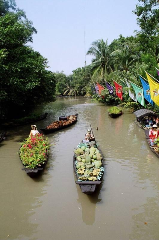 צבעוניות ואקזוטיקה בשווקי תאילנד