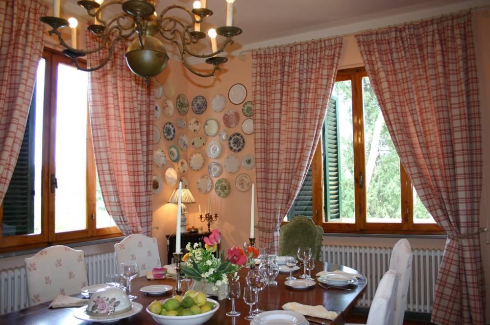 חדר האוכל בוילה. צילומים: צאלה רובינשטיין ומלכה ליסי
