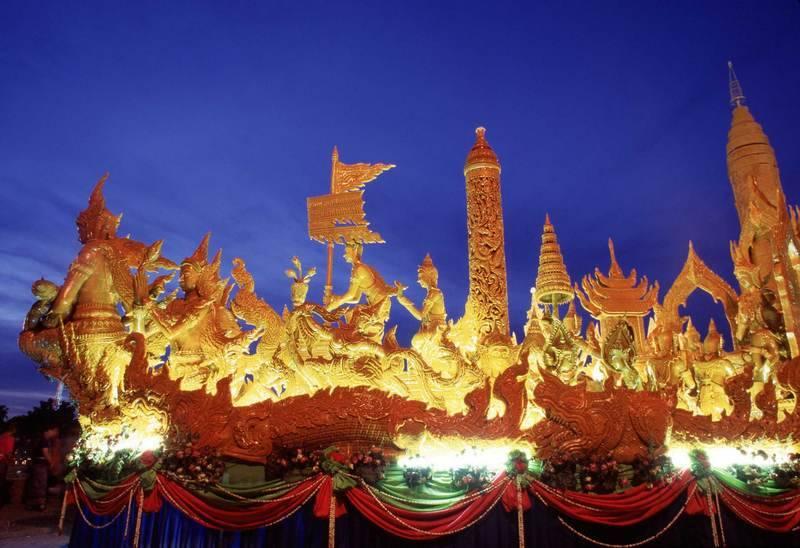 פסטיבלים ססגוניים. צילום- לשכת התיירות של תאילנד