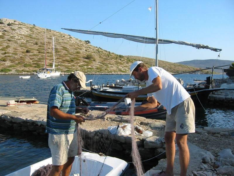 ערי קרואטיה, הסמוכות לים האדריאטי נהנות ממטעמי דגים משובחים. צילום: ויקפדיה