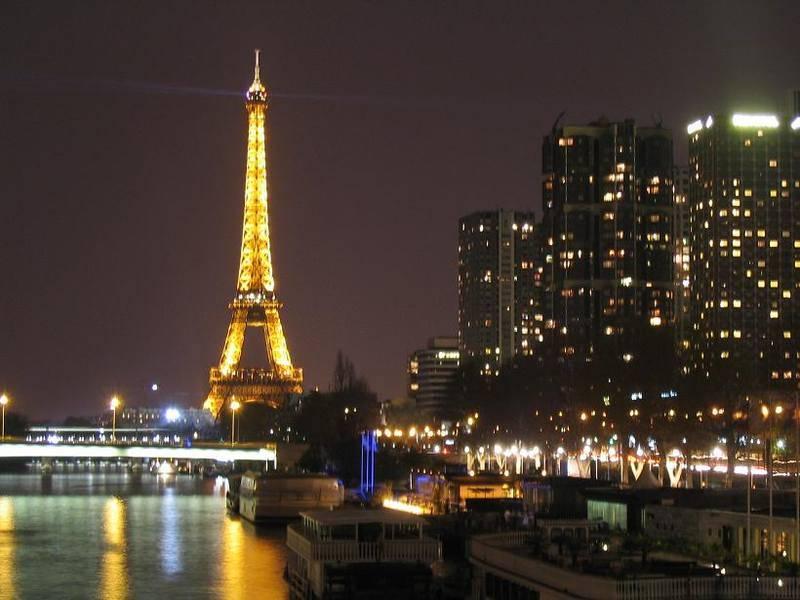 לילות פריז הקסומים. צילם: גיא נוימן