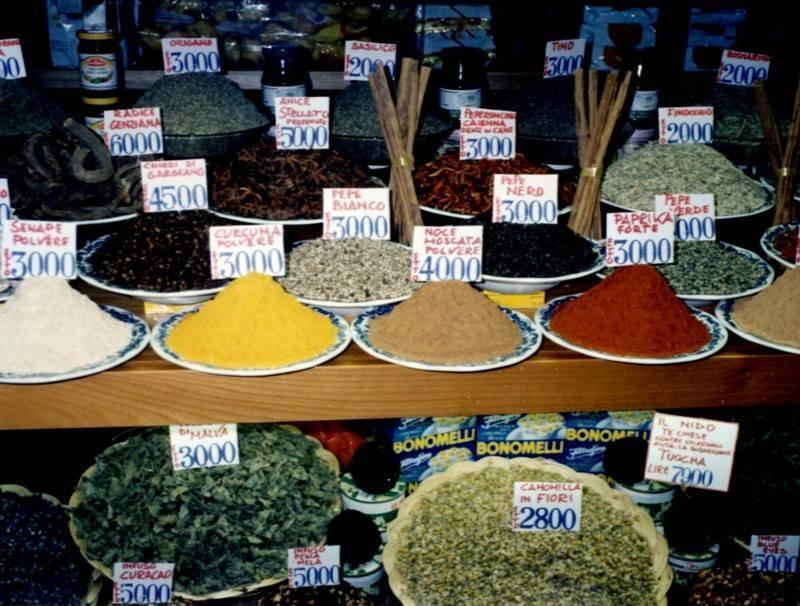 השווקים בטוסקנה מציעים סחורה טריה ומשובחת. צילמה: סיגל לוי