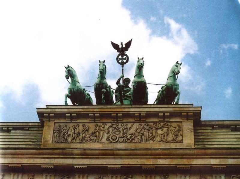 שער ברדנבורג, מראה קדמי. צילם: גדי ויצטום