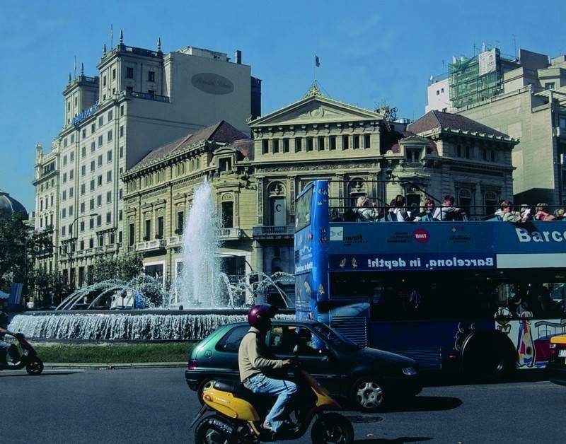 בניינים מרהיבים ברחובות ברצלונה