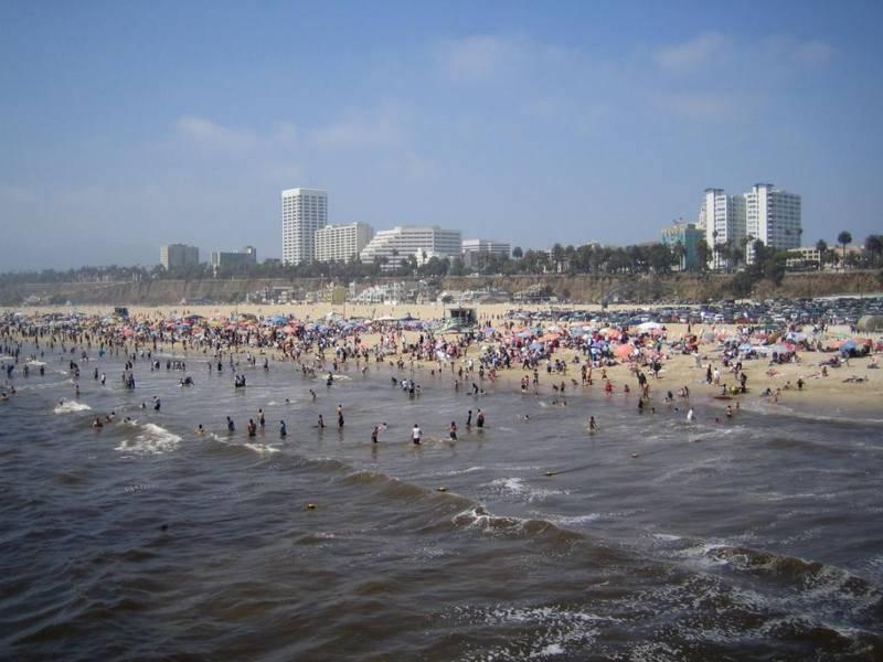 חוף סנטה-מוניקה. צילום: לשכת התיירות קליפורניה