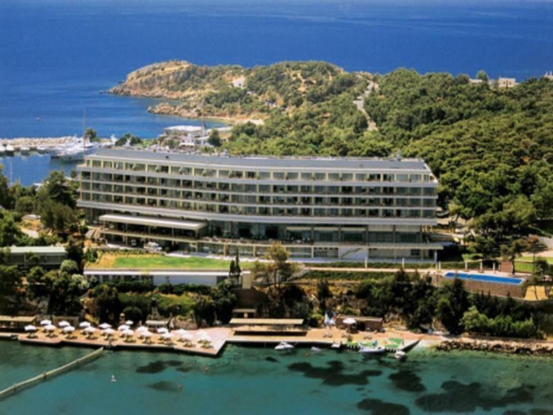 מלון הAstir palace, מהיפים והמפוארים במלונות יוון. צילום: מתוך האתר הרשמי של המלון