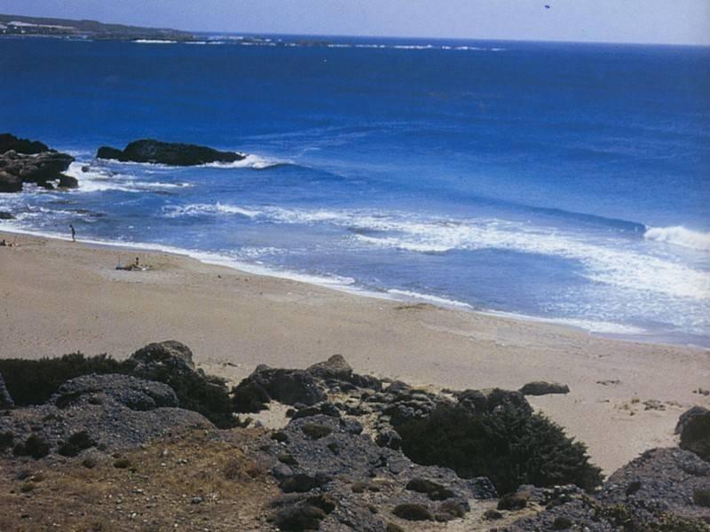 אחד מהחופים הבתוליים בדרום כרתים, צילום יוסי בן עמי
