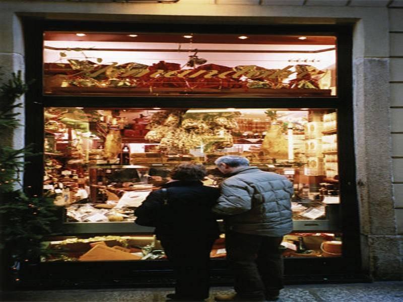 קניות במילאנו. צילום: ויקיפדיה