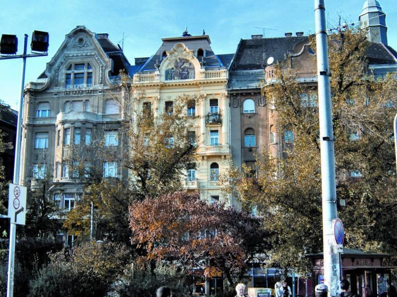 שדרותיה ובנייניה של בודפשט מזכירים במידה רבה את יופייה של פריז