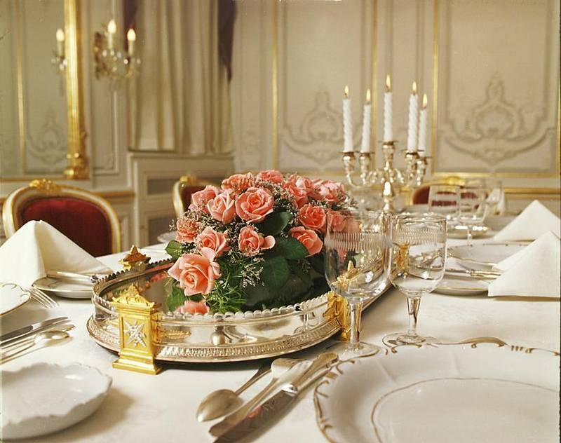 חדר אוכל מרהיב. מסעדת Gundel