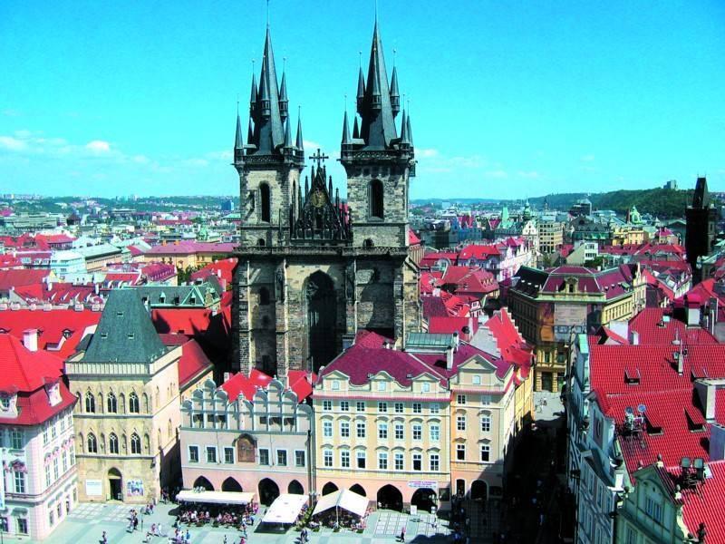 כיכר העיר העתיקה בפראג