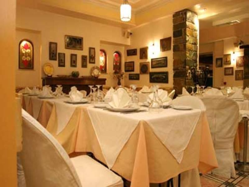 מסעדת פטרינו מציעה מנות מצוינות הן מהמטבח המקומי והן מהמטבח הבינלאומי, במחירים סבירים. צילום מתוך האתר: www.petrinorestaurant.gr