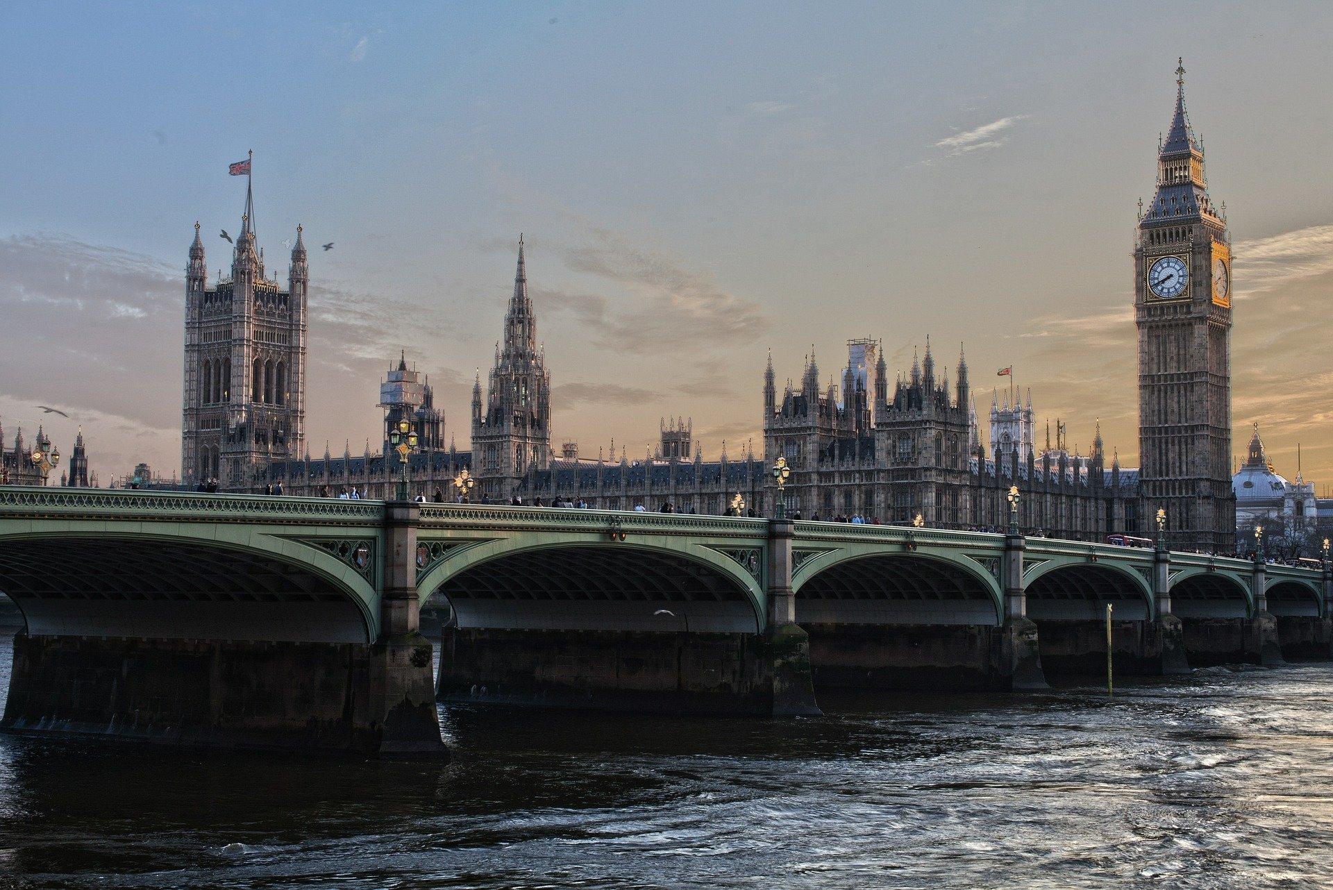 טיול מאורגן ללונדון   9.3   7 ימים   כולל כרטיס למחזמר