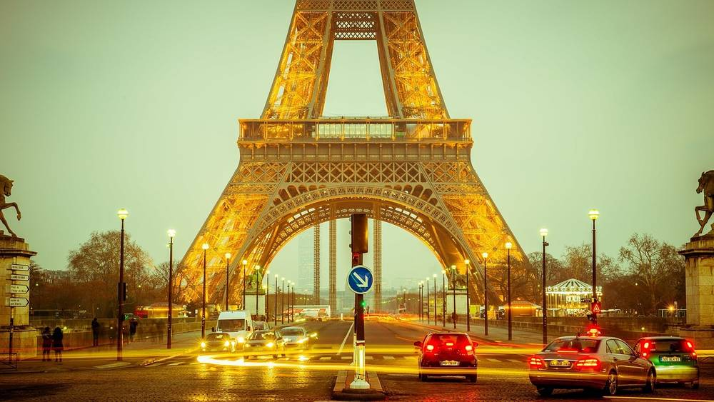 טיול מאורגן ללונדון ופריז | 13.7, 18.8 | כולל כרטיס למחזמר