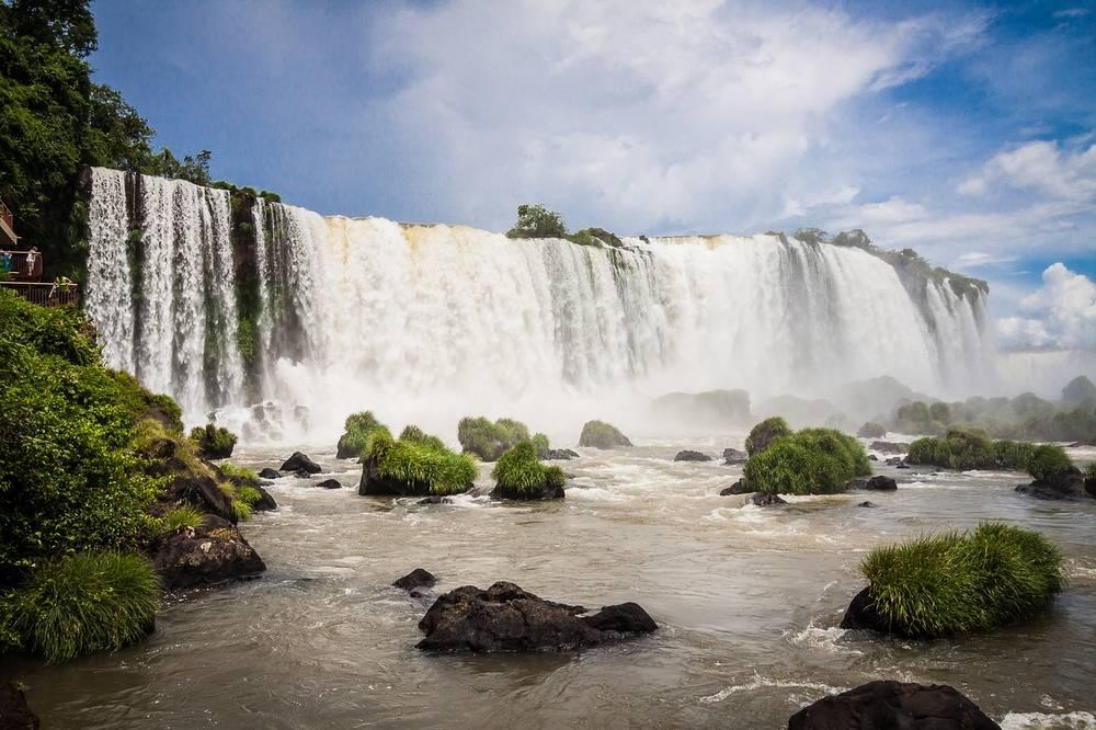 טיול מאורגן לארגנטינה וברזיל | 17.2.21 | 12/13 ימים | כולל טיסה בהליקופטר מעל מפלי איגואסו