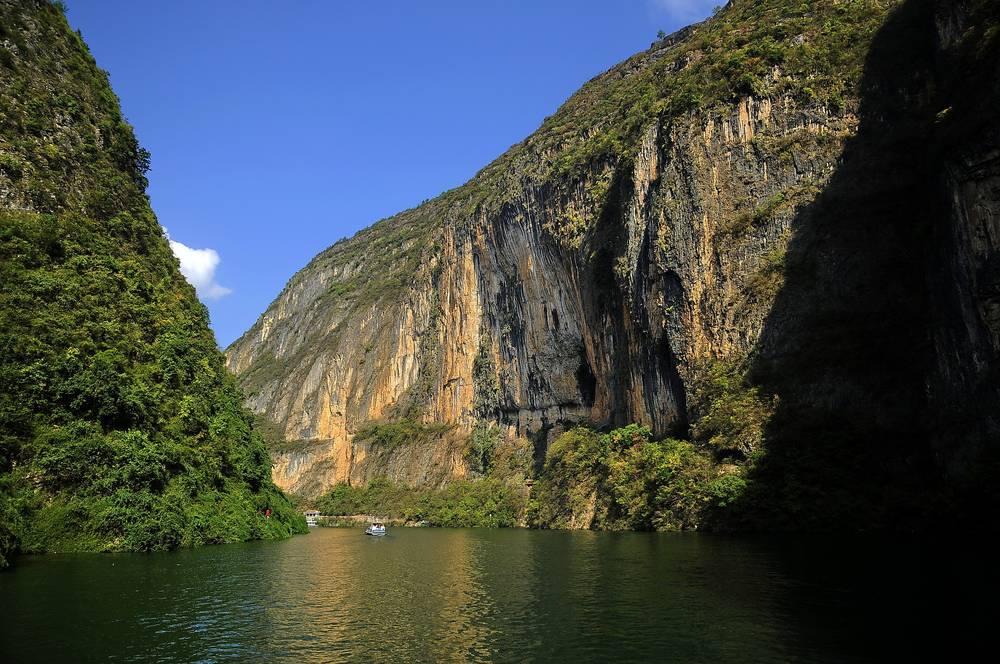 טיול מאורגן לסין, כולל שייט בנהר הינג'צה | 17 ימים