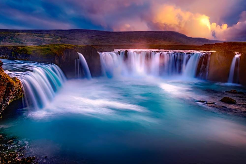 טיול מקיף לאיסלנד - כולל שייט לצפייה בליווייתנים | 11 יום
