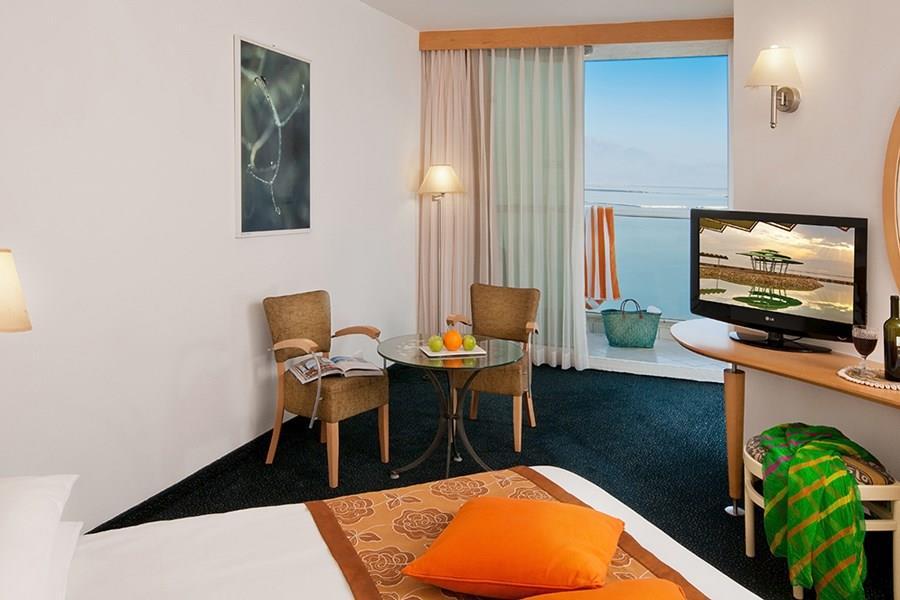 leonardo-club-dead-sea-deluxe-room2