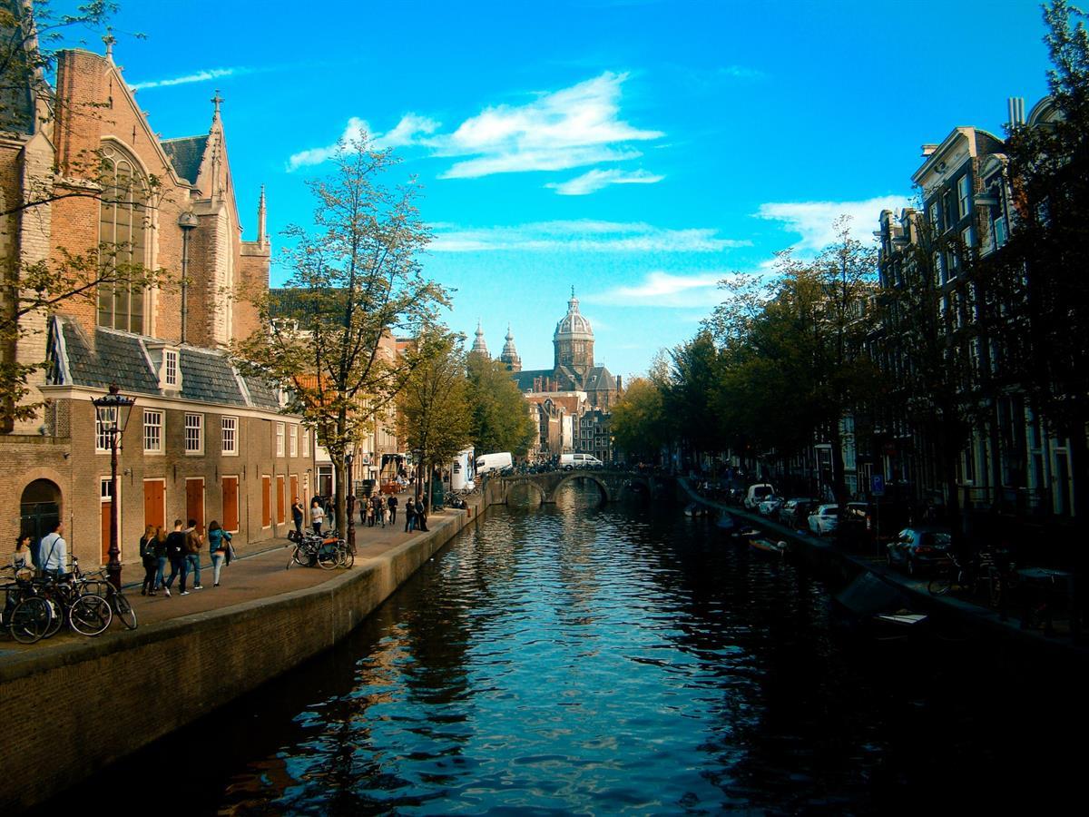 amsterdam-architecture-bridge-buildings-177166