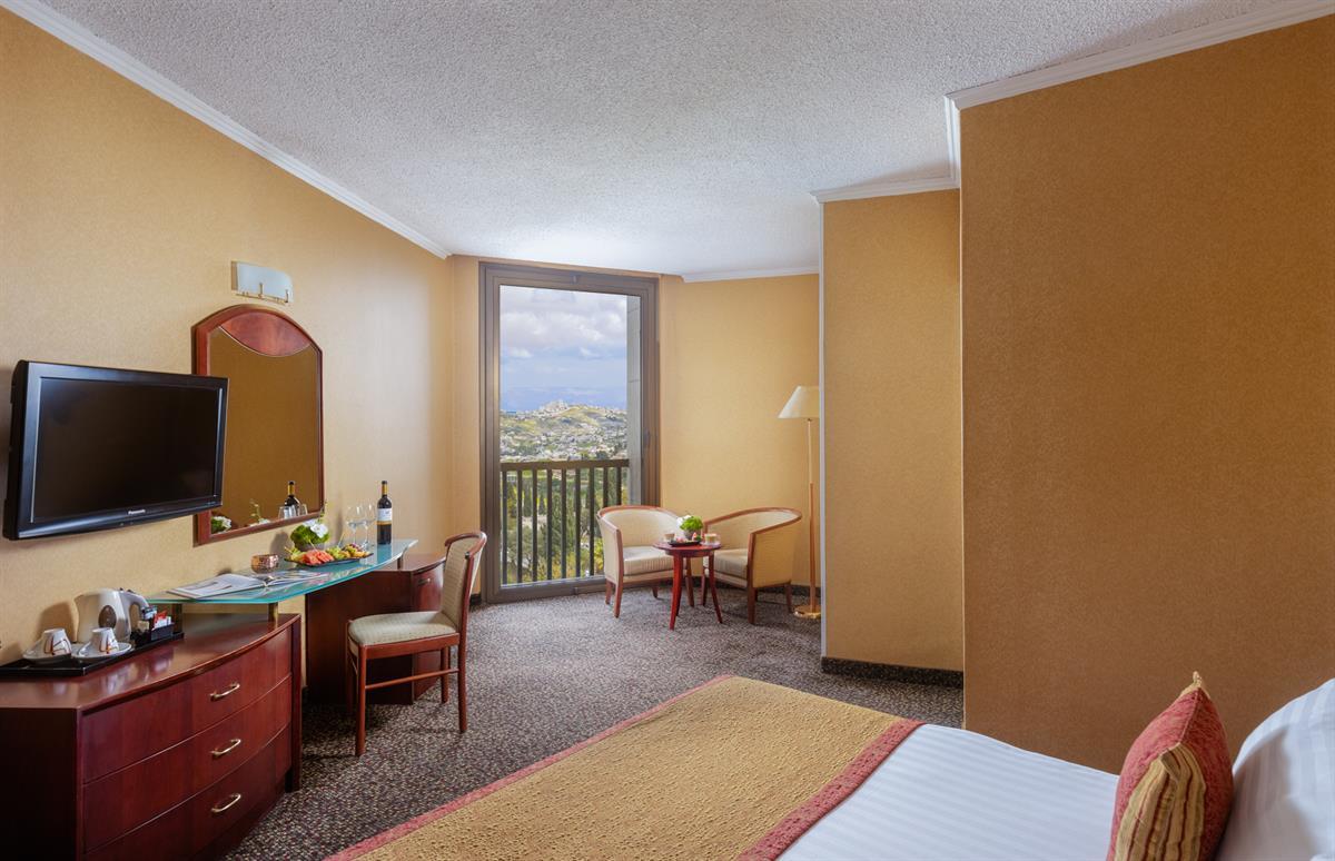 חדרים אלגנטיים ומטופחים עם נוף מקסים