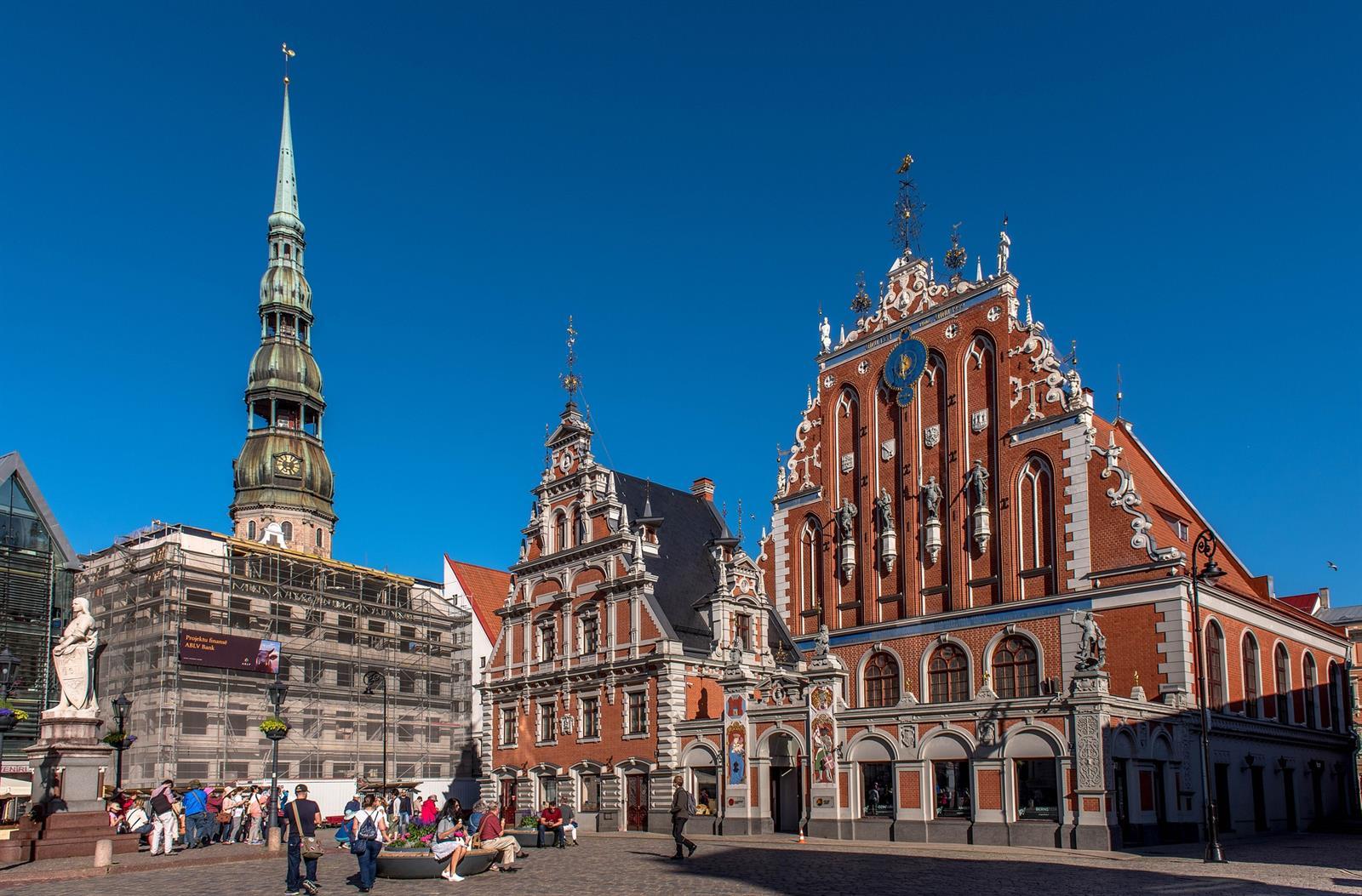 בית שחורי הראש בריגה (Pixabay)