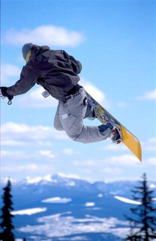 סנובורד בשחקים <br> צילום: ארכיון SkiDeal