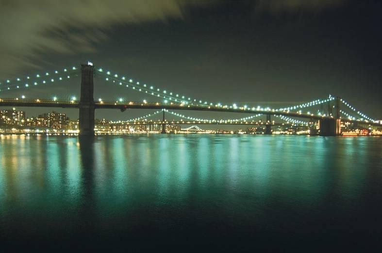 גשר ברוקלין נבנה בשנת 1883 והוא מתנשא לגובה של 135 רגל. צילם נמרוד גליקמן